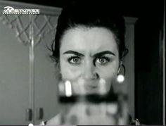 """Fatma Girik. """"Bir Hizmetçi Kızın Hatıra Defteri"""" filminden. (Türk filmi)"""