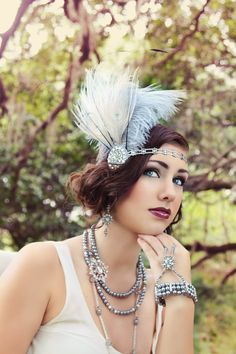 Oh my dear Great Gatsby!  Soft grey and silver flapper fascinator