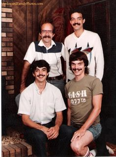 all in the family: from awkwardfamilyphotos.com
