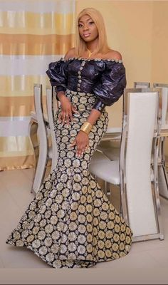 Long African Dresses, African Fashion Dresses, African Outfits, Fashion Mode, Womens Fashion, African Fashion Traditional, Aichi, West Africa, Low Heels