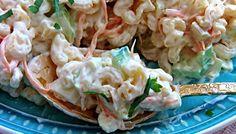 Variť v kuchyni počas tejto horúčavy nie je snom žiadnej gazdinky. Preto sme si pre vás pripravili recept, vďaka ktorému budete v kuchyni len krátku dobu. Šalátik je úplne jednoduchý a zachutí každému. New Recipes, Healthy Recipes, Pasta Salad, Vegan Vegetarian, Potato Salad, Cabbage, Potatoes, Treats, Vegetables