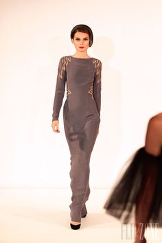 Yulia Yanina - Couture - Fall-winter 2013-2014 - http://en.flip-zone.com/fashion/couture-1/independant-designers/yulia-yanina-4006