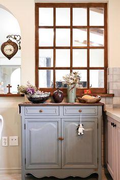아내의 건강 회복을 위해 지은 천안 프로방스 주택 : 네이버 포스트 Buffet, Layout, Cabinet, Storage, Kitchen, Furniture, Home Decor, Clothes Stand, Purse Storage