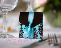 caixa favor florescer( com fita)         http://pt.aliexpress.com/store/product/60pcs-Black-Damask-Flourish-Turquoise-Tapestry-Favor-Boxes-BETER-TH013-http-shop72795737-taobao-com/926099_1226860165.html   #presentesdecasamento#Casamentos #presentesdopartido #lembranças #caixadedoces