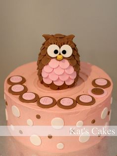Owl Cake by Kat's Cakes, via Flickr