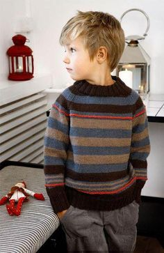 Pinning this for the smile. Baby Boy Knitting, Knitting For Kids, Boys Knitting Patterns Free, Tricot Baby, Boys Sweaters, Knit Baby Sweaters, Smile, Children, Fashion Dresses