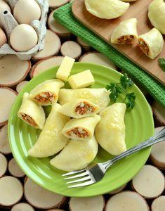 Pierogi dominikańskie z jajecznym nadzieniem Delicious Dinner Recipes, Yummy Food, Tasty, Czech Recipes, Xmas Food, Polish Recipes, Polish Food, Exotic Food, Mini Foods