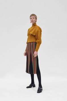 Beaufille Resort 2019 Fashion Show Collection: See the complete Beaufille Resort 2019 collection. Look 20 Knitwear Fashion, Knit Fashion, Runway Fashion, Womens Fashion, Fashion Brand, Fashion Show, Fashion Design, Suits Tv Shows, Discount Womens Clothing