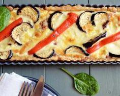 Quiche Croq'Kilos aubergines, oignon et curry : http://www.fourchette-et-bikini.fr/recettes/recettes-minceur/quiche-croqkilos-aubergines-oignon-et-curry.html
