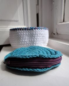 ocean blue purse And a nice little basket :) I like them, and their colors! :)