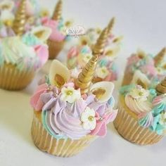 Resultado de imagen para mesa dulce unicornio