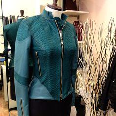 #leather #custommade #handcut #fashion #rio #design #skirt #pants #jacket #belt #italy #handbags #shoes #shop #lambskin #pythonskin #crocodileskin #calfskin #madeinitaly #florence #toscana #musthave