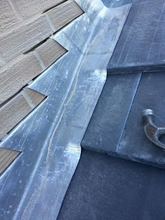 What You Must Know That Cause A Leaking Roof -- Check out this great article. Epdm Roofing, Lead Roof, Roof Flashing, Copper Work, Wood Shingles, Roof Detail, Slate Roof, Roof Design, Cladding