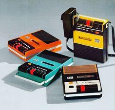Retro vintage technology, computers, phones, radios, cassette & record players for The Indie Practice Radios, Cassette Recorder, Tape Recorder, Cassette Tape, Pub Vintage, New Retro Wave, Boombox, Retro Futurism, Vintage Design