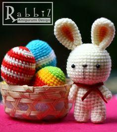 bunny by Rabbiz design.. I love those eggs!
