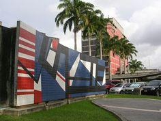 Mateo Manaure(n, 1926)  Mural en los exteriores de la Plaza Cubierta en la UCV