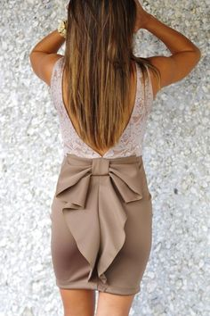 Love this stylish knot skirt and floral detail lace combo fashion. The bow skirt is definitely a must-have! Cute Fashion, Look Fashion, Fashion Beauty, Fashion Outfits, Fashion Clothes, Dress Up, Dress With Bow, Lace Dress, Looks Style