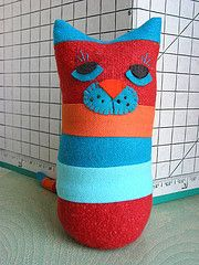 free stripey patchwork cat pattern with instructions