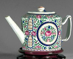Teapot, 1800–1840  For now obscure reasons, this popular motif is known as gol ve bulbul, or, the flower and the nightingale. Perhaps the nightingale flew away? Similar designs can be found on dinnerwares and beveragewares made for the Persian market. This teapot is one of a pair in the Nadler collection.