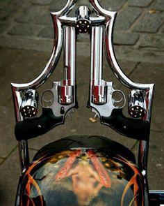 Harley Davidson Custom sissy bar / pistol's