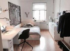Bright room in shared flat with layer and modern furnishings. Bright room in shared flat with layer and modern furnishings. The post Bright room in shared flat with layer and modern furnishings. appeared first on Schreibtisch ideen. Room Ideas Bedroom, Small Room Bedroom, Bedroom Decor, Bedroom Ideas For Small Rooms, Bedroom Furniture, Luxury Furniture, Bedroom Black, Bedroom Inspo, Bedroom Wall