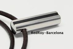 Colgante de acero inoxidable y resina by RedRoybarcelona on Etsy