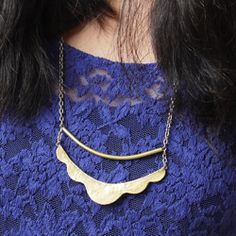 Learn how to make this cheap and easy necklace by following this tutorial (free downloadable pattern included!)