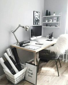 31 White Home Office Ideas To Make Your Life Easier; home office idea;Home Office Organization Tips; chic home office. Home Office Design, Home Office Decor, Desk Office, Office Ideas, Desk Ideas, Workspace Desk, Office Nook, Office Inspo, Office Setup