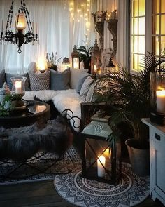 Bohemian Home Decor Design - Bohemian Home Living Room Home Living Room, Living Room Designs, Living Room Decor, Living Spaces, Bedroom Decor, Dark Living Rooms, Gothic Living Rooms, Home Interior, Interior Design
