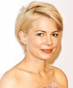 Kurze Frisuren für runde Gesichter 2015 Check more at http://ranafrisuren.com/2015/06/27/kurze-frisuren-fur-runde-gesichter-2015/