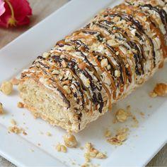 Hazelnut and chocolate cake - HQ Recipes Cakes To Make, How To Make Cake, Pavlova, Köstliche Desserts, Delicious Desserts, Dessert Recipes, Bread Cake, Pie Cake, Baking Bad