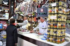 Discover the best of Spanish gastronomy. Fine products, with easy cooking tips will make your spanish experience unforgettable!