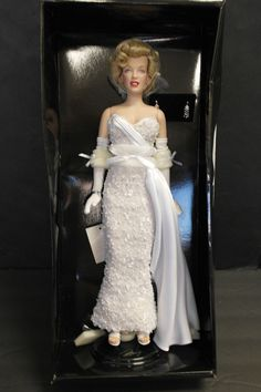 Franklin Mint Marilyn Vinyl Portrait Doll MOVIE DEBUT RARE White Lace Gown NEW  | eBay
