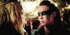 Image result for clarke and lexa kiss gif