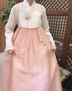 Ideas you were looking for, such as painting and watercolor art Korean Traditional Clothes, Traditional Fashion, Traditional Dresses, Hanbok Wedding, Korea Dress, Oriental Dress, Korean Hanbok, Ulzzang Fashion, Korea Fashion