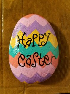Easter Painted Rocks - Craft and Beauty Rock Painting Patterns, Rock Painting Ideas Easy, Rock Painting Designs, Pebble Painting, Pebble Art, Stone Painting, Shell Painting, Painted Rocks Craft, Hand Painted Rocks