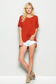 MVS Short Sleeve V Neck Hi Low Pocket Top   T1013   Annabelle