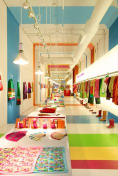 Agatha Ruiz de la Prada Store, New York by Matteo Colombo, via Behance  Oh My God!!!!!