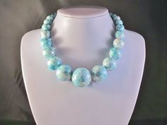 Bold Chunky Single Strand Robin Egg Blue Speckled Multi Sized Beaded Summer Beach Party Necklace