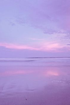 Lavender and pink sky and water, so beautiful! Pinner Alina Quelle StayxOnce Bildgröße 400 x 600 Boardname just beautiful❤️ Ansichten 0 Purple Sunset, Pink Sky, Purple Haze, Shades Of Purple, Pastel Sunset, Pink Moon, Periwinkle, Light Purple, Violet Aesthetic