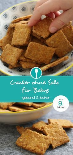 Recipe: make healthy crackers for babies without salt Rezept: gesunde Cracker für Babys ohne Salz selber machen Recipe for baby crackers without salt. The spicy baby cookies are suitable for babies from the month. Baby Cookies, Cookies Et Biscuits, Toddler Meals, Kids Meals, Baby Food Recipes 6 9, Instant Pot Baby Food, Healthy Crackers, Baby Snacks, Healthy Recipes