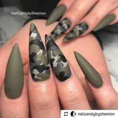 If your boyfriend or husband is a glorious soldier, I'm sure you'll like camouflage nail designs or camo nail designs. These are perfect attempts to use Camouflage Nail Design in another modern style. If you also like camouflage nail designs, look Camo Nail Designs, Green Nail Designs, Nail Art Designs, Nails Design, Nail Designs 2017, Stiletto Nail Art, Cute Acrylic Nails, Gel Nails, Acrylic Nails Green