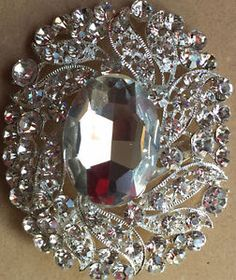 Kijiji - Buy, Sell & Save with Canada's Local Classifieds Christmas Bulbs, Jewellery, Holiday Decor, Stuff To Buy, Jewels, Christmas Light Bulbs, Jewelry Shop, Jewerly, Jewlery