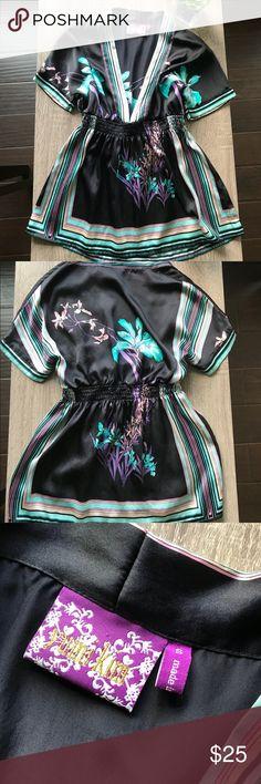 Yumi Kim silk black kimono blouse Beautiful Yumi Kim Kimono. size S. price is firm. Yumi Kim Tops Blouses