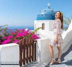 Santorini Photographer (@santo_photo_tours) • Instagram photos and videos Happy Woman Day, Happy Women, Santorini Photographer, Things To Do In Santorini, Santorini Greece, 5 Things, Ladies Day, Photo Shoot, Stuff To Do