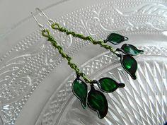 Leaves & Vines  Dangly Earrings by SmittenKittenLoves on Etsy, €15.00