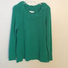 Pretty green sweater 100 percent acrylic green sweater in excellent condition only worn a few times no stains or pilling.  Really pretty neckline john paul richard Sweaters Crew & Scoop Necks