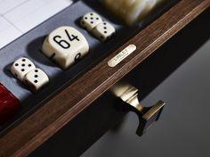 Linley evolution card table