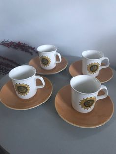 Excited to share the latest addition to my shop: Retro Studio J & G Meakin 'Sunflower ' 4 cup n saucers. Coffee Cup Set, Sunflower Design, Funky Junk, Ceramic Cups, Fine China, Cup And Saucer, 1970s, Tea Cups, Delicate
