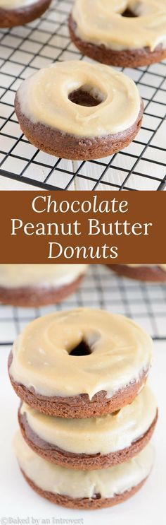Baked Chocolate Donuts Recipe with Peanut Butter Frosting Baked Chocolate Donuts with Peanut Butter Frosting are soo simple and delicious! Whip up this easy recipe today and enjoy! Baked Donut Recipes, Peanut Butter Recipes, Baked Donuts, Baking Recipes, Doughnuts, Donut Maker Recipes, Easy Recipes, Delicious Donuts, Delicious Desserts
